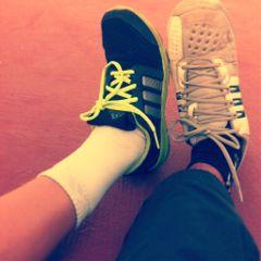 shoes tennis friends love