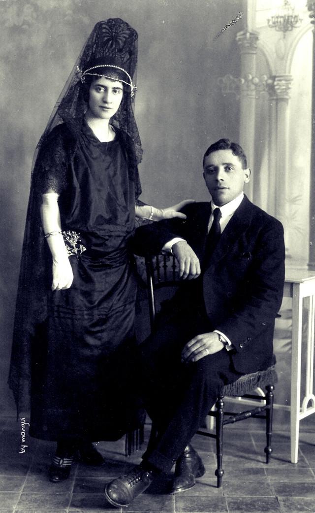 my grandparents 1925 , mis abuelos